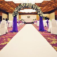 Wedding Aisle Floor Runner 10x1m White Carpet Hollywood Awards Party Decoration Polyester Floor Rug Runner Party Events Supplies