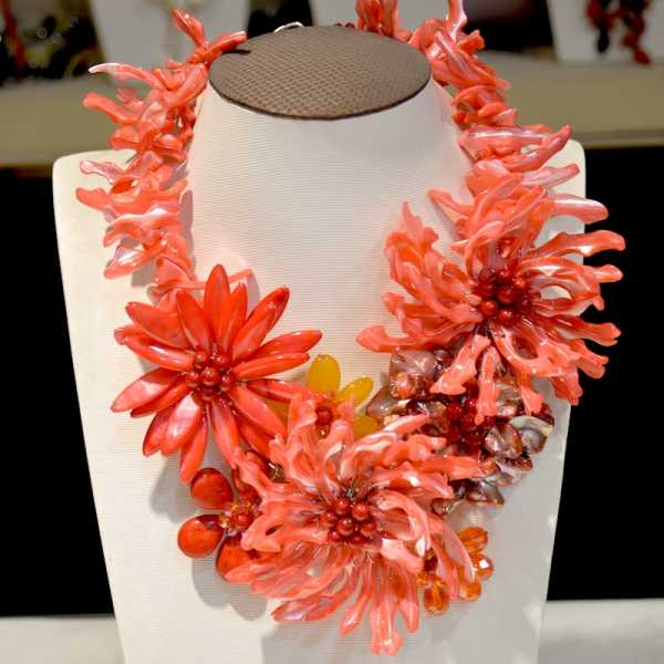 Free shipping fashion 2016 new arrival amazing red coral and mother of pearl shell flower wrap necklace