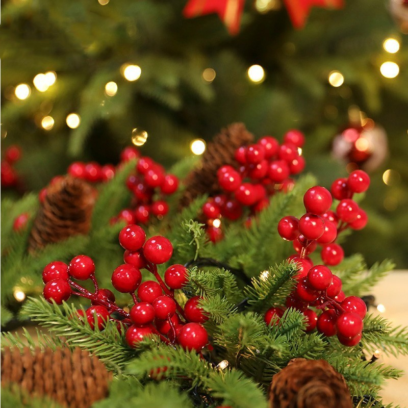 Christmas Tree Fruit Ornaments.Red Berries Berry String Bundle Christmas Decoration Tree Garland Wreath Diy Supplies Artificial Flowers Fruit New Year Wedding