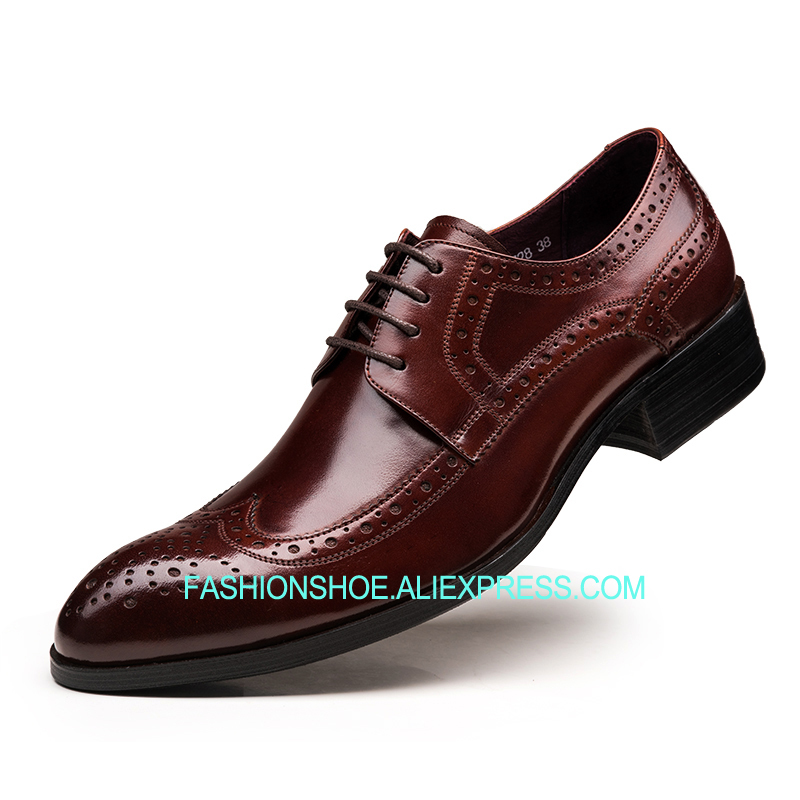 British Style Brogue Men Shoes Cow leather Vintage Style Carved Lace Formal Business Shoes fs british style 100