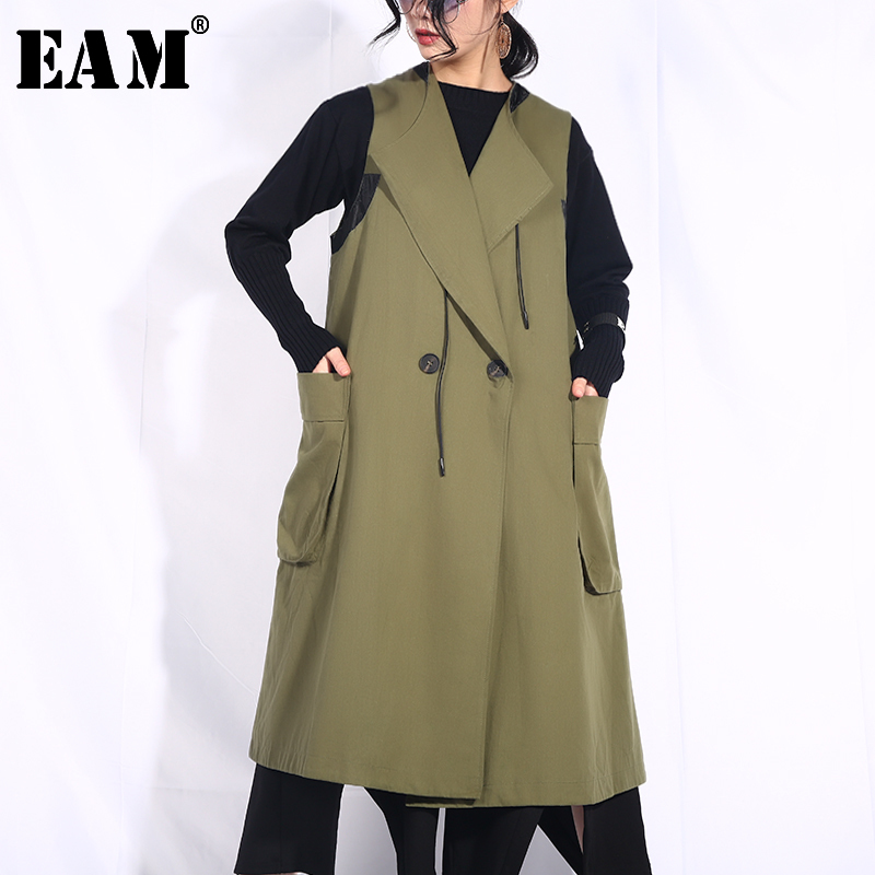 EAM 2019 New Spring Summer Lapel Double Breasted Big Pocket Split Joint Loose Big Size