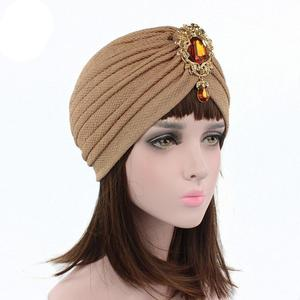 Image 4 - Kobiety indiański kapelusz muzułmański rozciągliwy czepek dla osób po chemioterapii moda chusta na głowę czapka Turban damski kapelusz Islam plisowany Rhinestone Bonnet utrata włosów