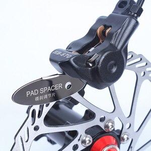 1pc MTB Disc Brake Pads Adjusting Tool Bicycle Pads Mounting Assistant Brake Pads Rotor Alignment Tools Spacer Bike Repair Kit(China)