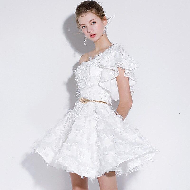 16140e5caf4 Новая мода 2019 платья для выпускного вечера короткие белые кружевные мини- платья для особых случаев