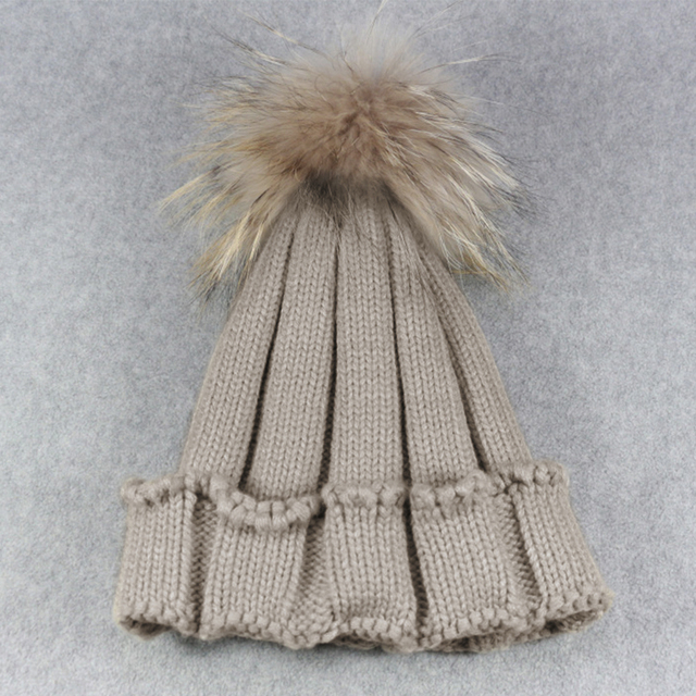 2c3ffcd8ab5 2018 Autumn Winter Women Raccoon Faux Fur Pompom Hat Female Warm Cap  Knitted Beanie Girl Ball Pom Pom Hats Woman Bonnet Femme