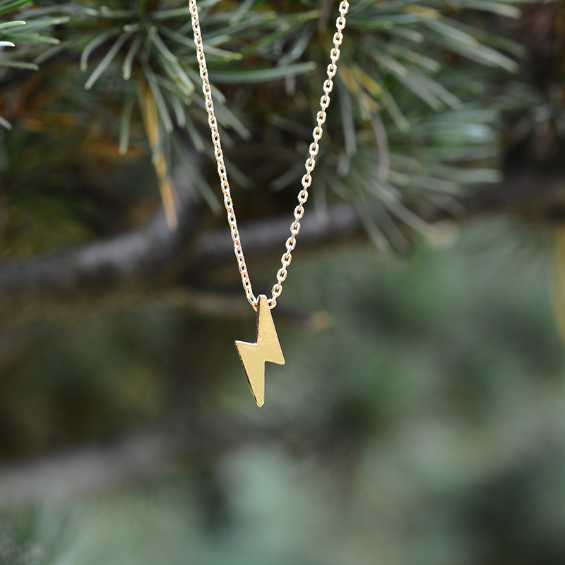 Hot Sale Personalized Minimalist Alloy Metal Lightning Necklace Pendant for Women Chain Girl Gold One Direction Female Neckless(China)