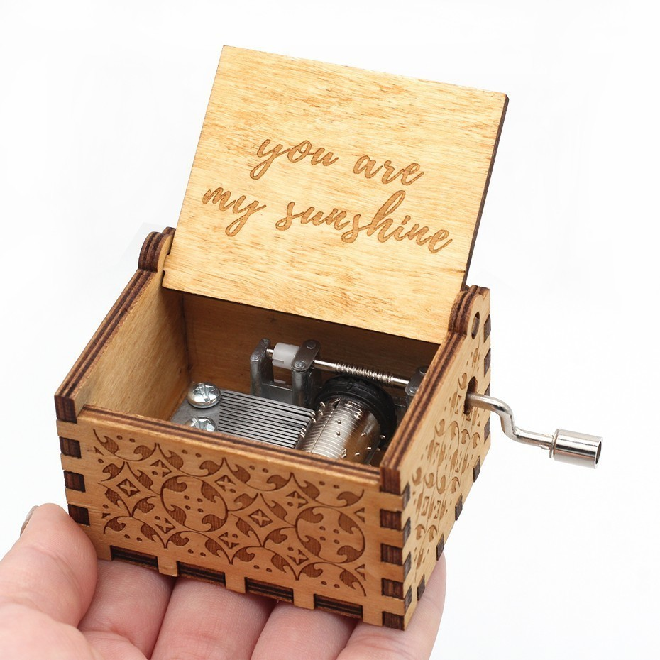 Free Shipping DHL 100pcs Wooden Music Box Sailor Moon Game Of Thrones Beauty And The Beast