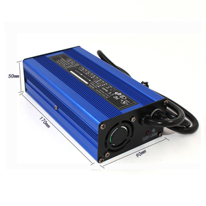 Image 5 - 12.6 V 10A מטען 12 V ליתיום סוללה חכם מטען משמש עבור 3 S 12 V ליתיום סוללה קלט 110 V & 260 V אלומיניום פגז