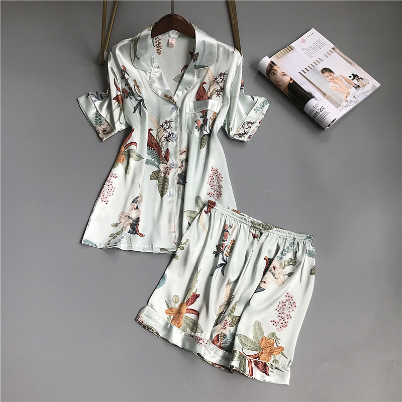 2019 Summer Silk Pyjamas Women   Pajamas     Sets   With Shorts Flower Print Short Sleeve Satin Sleepwear Pijama Mujer Female Nightsuit