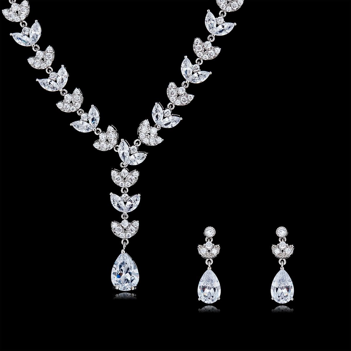 Superbe cristal CZ cubique zircone mariée mariage feuille collier boucle d'oreille ensemble bijoux ensembles pour femmes accessoires CN10117