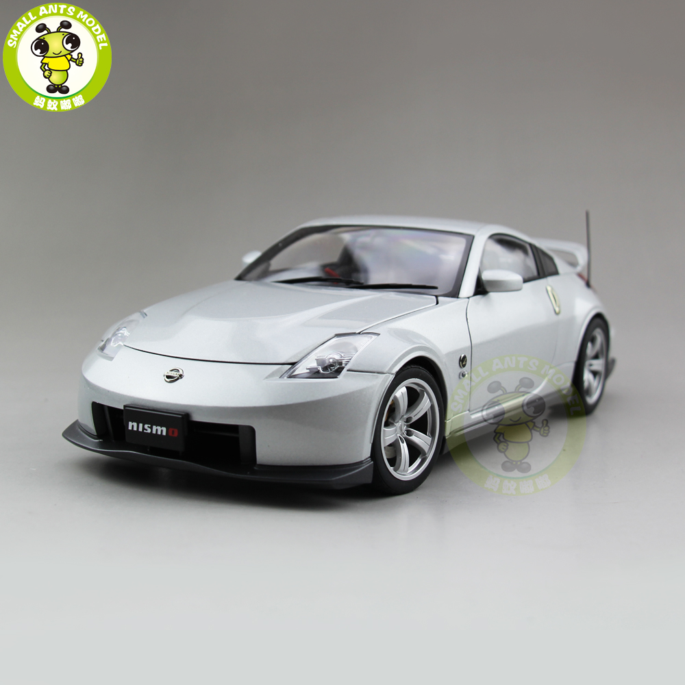 1/18 Autoart NISSAN Fairlady Z Version Nismo Type 380RS Diecast Model Car Toys For Kids Birthday Gift
