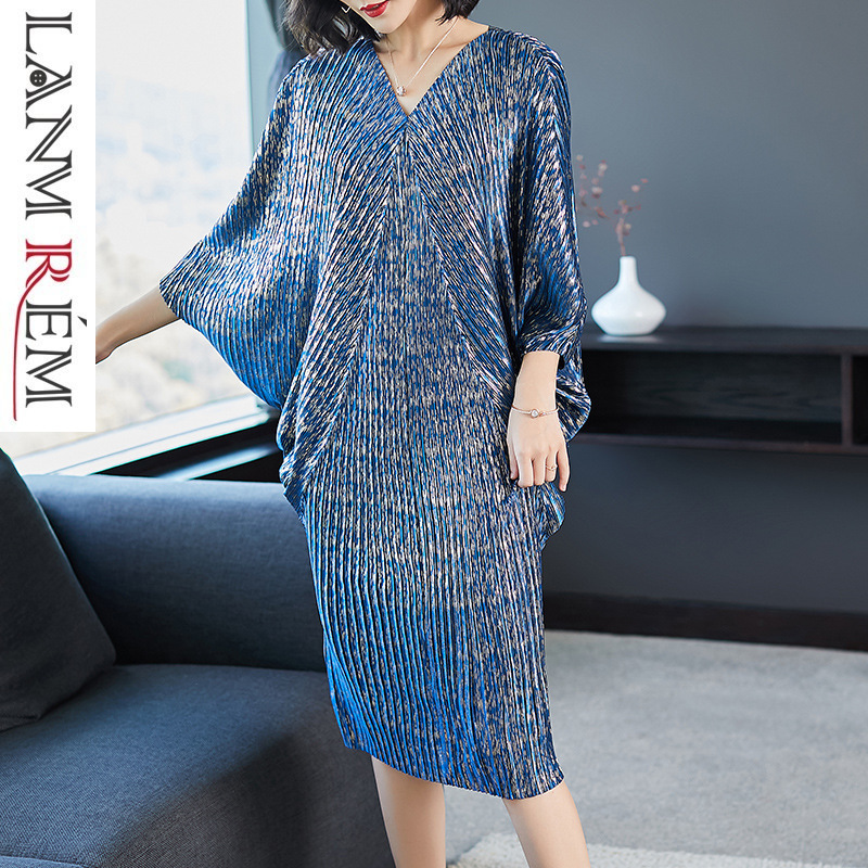 LANMREM 2019 haute qualité nouvelle mode col en V plis manches chauve-souris lâche grande taille robe pour les femmes imprimer vêtements Vestido YE853