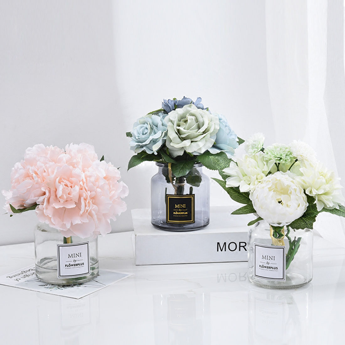 Modern Style Artificial Flower with A Small Vase Wedding Home Decor Set Silk Flower Simulation Flower Party Home Garden