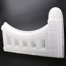 Garden Lawn Decor DIY Plastic Fence Mold Concrete Flower Pool Brick Mol