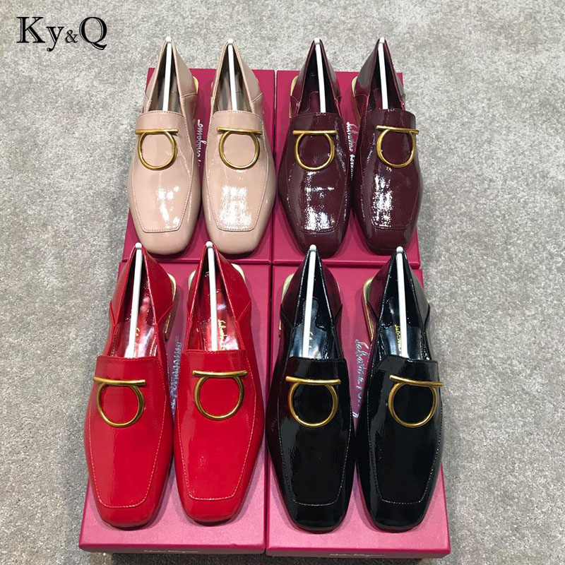 2018 Woman Brands Patent Leather Solid Color Casual Shoes Metal Ring Low Heel Shoes Elegant Lady Party Shoes 35 40