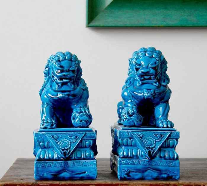 Одна пара керамических Procelain собака Foo фигура льва