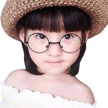 a85af8bd6 3 الألوان الصلبة الفولاذ المقاوم للصدأ الزجاج إطارات الرجعية جولة الأطفال  نظارة بإطار معدني إطار الديكور الأطفال نظارات عادي