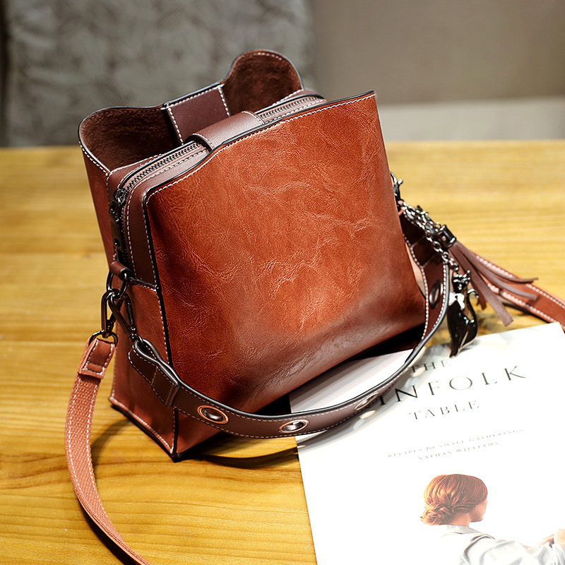 2019 Vintage Genuine Leather Luxury Bucket Handbags Women Messenger Bag Famous Brand Shoulder Bags Designer Female Pochette Tote
