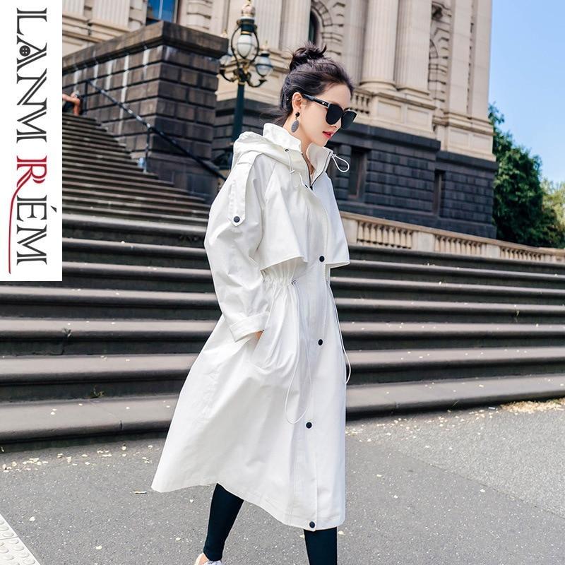 LANMREM 2019 White Drawstring Hooded Windbreaker For Women New Fashion Casual Large Size Overcoat Female   Trench   Vestido YG53100