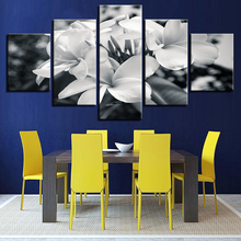 5 Pieces Black And White Flowers Posters Pictures Modern Home Wall Decor Canvas Art HD Print Painting On Canvas For Living Room 2pic set paris city landmarks and cars modern painting hd prints on canvas wall art for living room canvas printings home decor