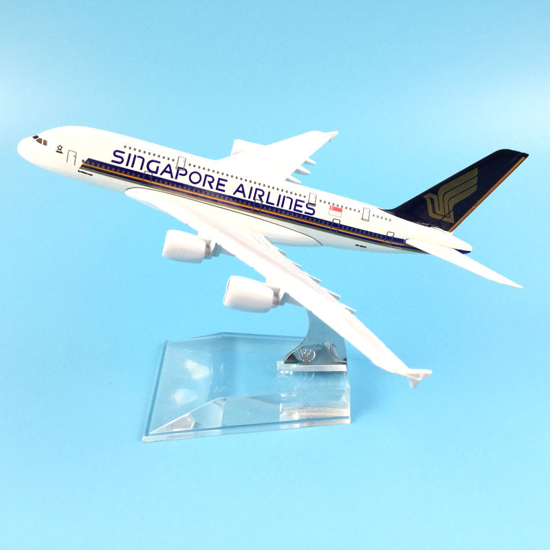 Aircraft Model Diecast Metal Model Airplanes 16cm 1:400 Singapore Airways A380 Airbus Airplane Model Toy Plane Gift  M6-042