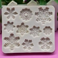 2019 New Multi-function DIY Baking Mold Christmas Snowflake Cake Chocolate Shape Clay Fondant Silicone