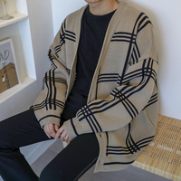 2018 Winter Korean Men Casual Loose Lattice Thickening Oversize Knitting Cardigan V neck Long Sleeve Plaid Sweater Coat M 2XL