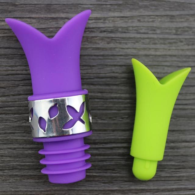 Lily Shaped Silicone Bottle Stopper and Pourer