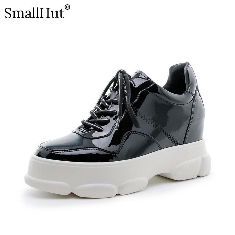Femmes Plate forme Sneaker En Cuir Véritable 2019 Printemps Automne Décontracté Bout Rond Noir Beige Dames Croisées à Plat Avec Des Chaussures E026