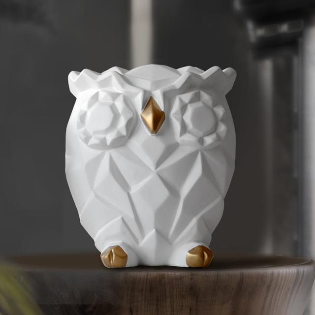 Cute Geometric Owl Statue