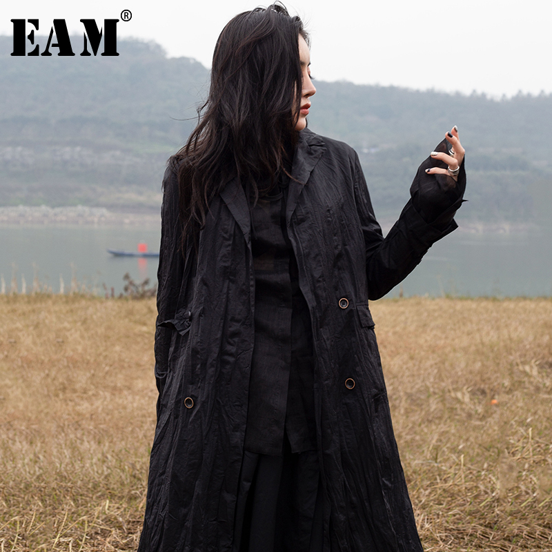 [EAM] 2019 New Spring Summer Black Lapel Long Sleeve Double Breasted Pleated Long Windbreaker Women Trench Fashion Tide 1C103