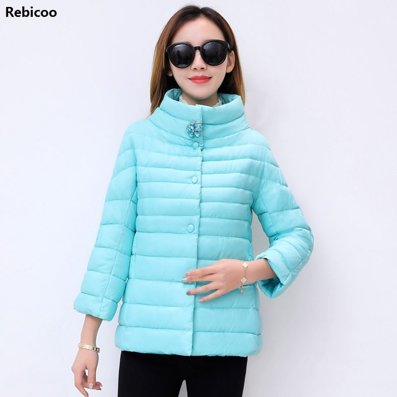 New Spring Collection of Crystal flowers Stylish Windproof Women's   Parka   Coat Female winter Jacket Coat Womens Quilted Coat