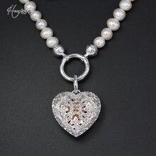 a12d5951e25c Collar de perlas de agua dulce con circonita blanca Thomas con colgante de  corazón con medallón abierto