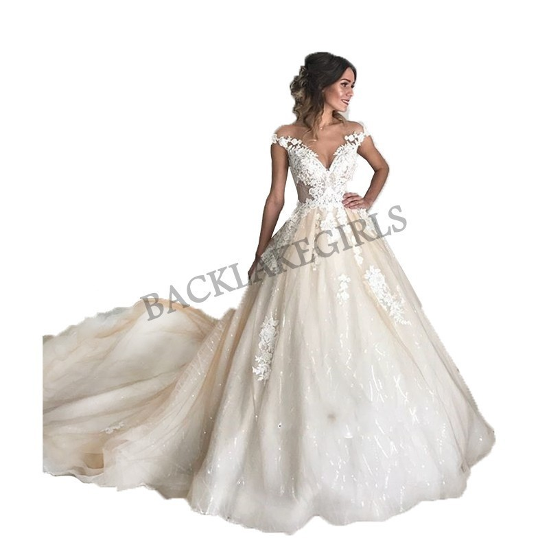 Fashionable A-line Wedding Dress Chapel Train Sleeveless Appliques Tulle Bride Wedding Gowns 2019 Button Back