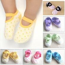 Милые девочки, мальчики, дети, носки для новорожденных, Нескользящие теплые носки в горошек