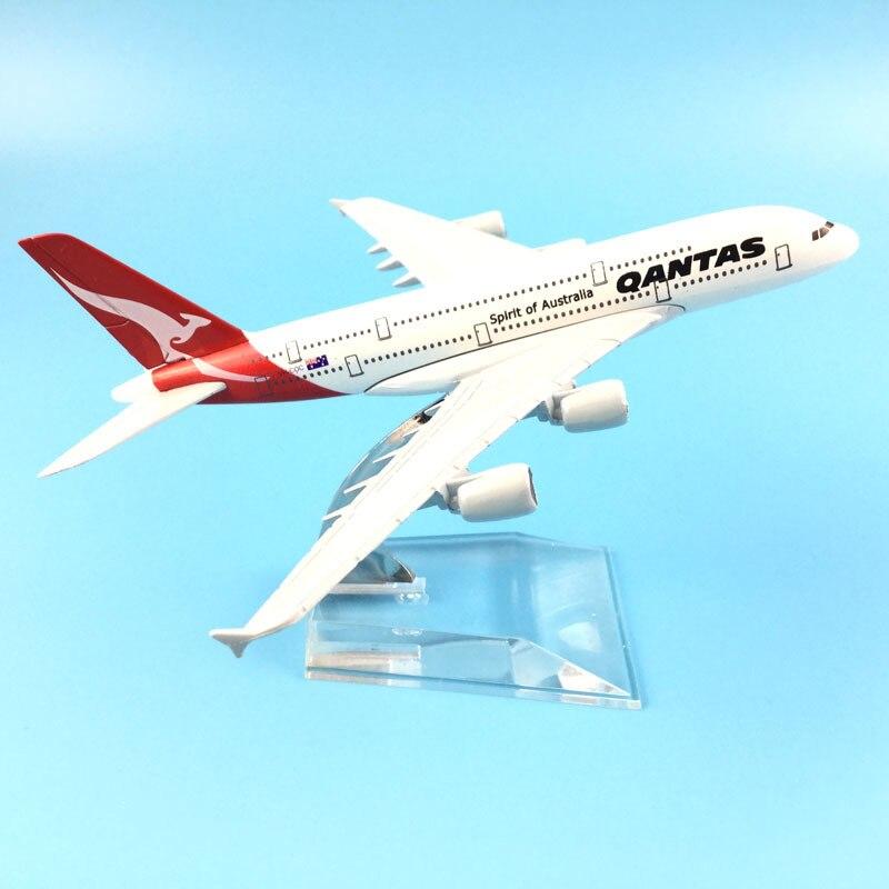16cm Qantas Airbus A380 Aircraft Model Diecast Metal Model Airplanes 1:400 Metal  A380 Plane Airplane Model Toy Gift