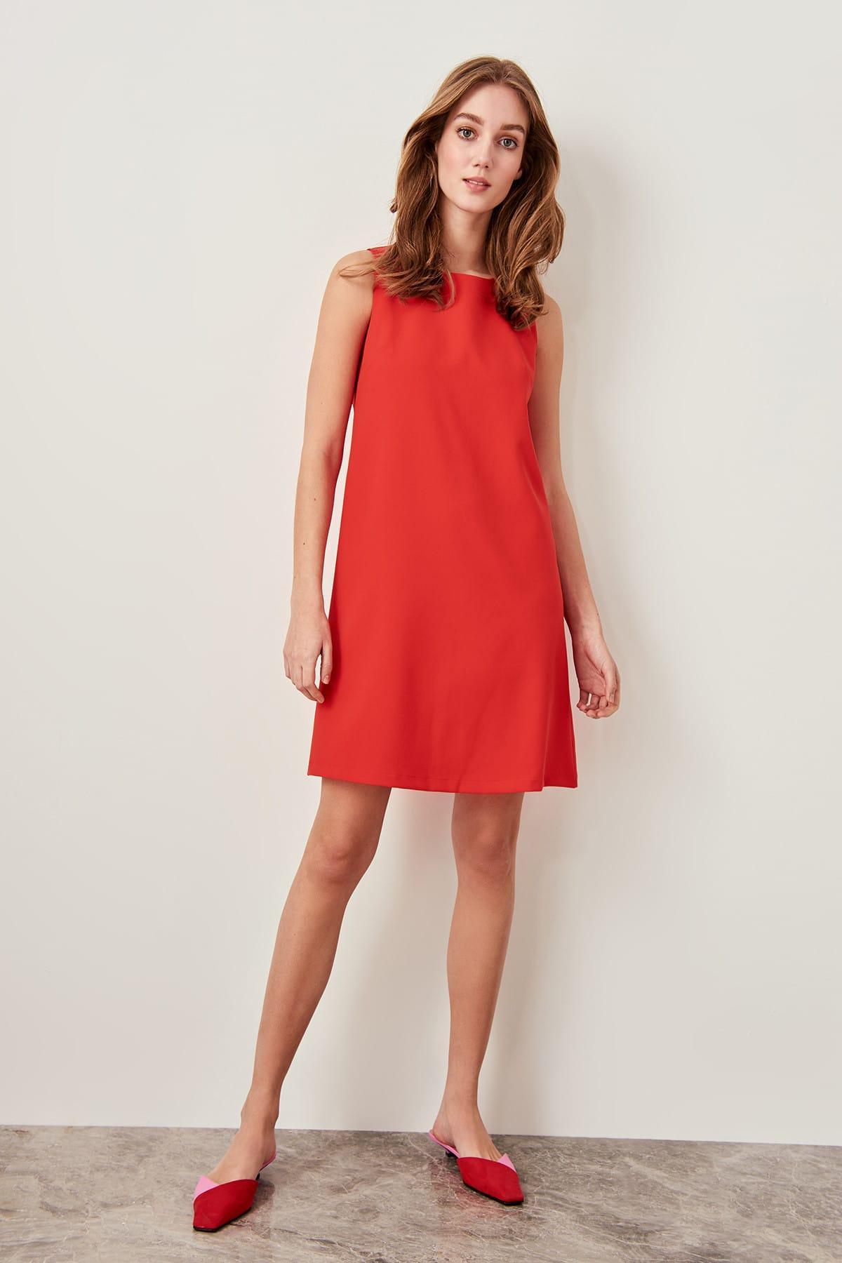 Trendyol Pomegranate Flower Sleeveless Dress TWOSS19FG0063