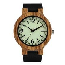 Кварцевые деревянные часы мужские светло зеленые с циферблатом
