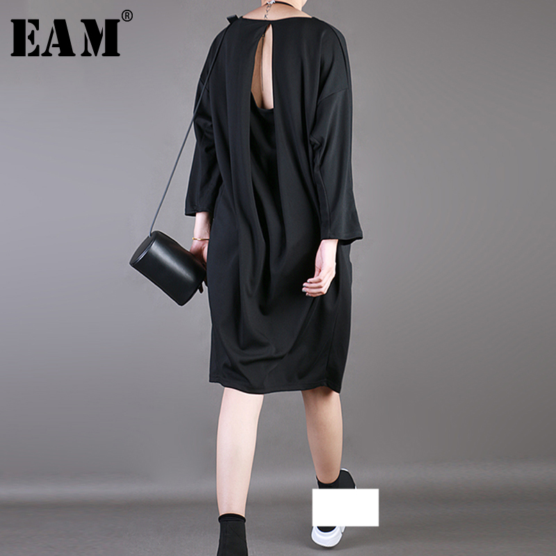 [EAM] 2019 New Autumn Winter Round Neck Long Sleeve Black Backless Hollow Out Big Size T-shirt Dress Women Fashion Tide JS014