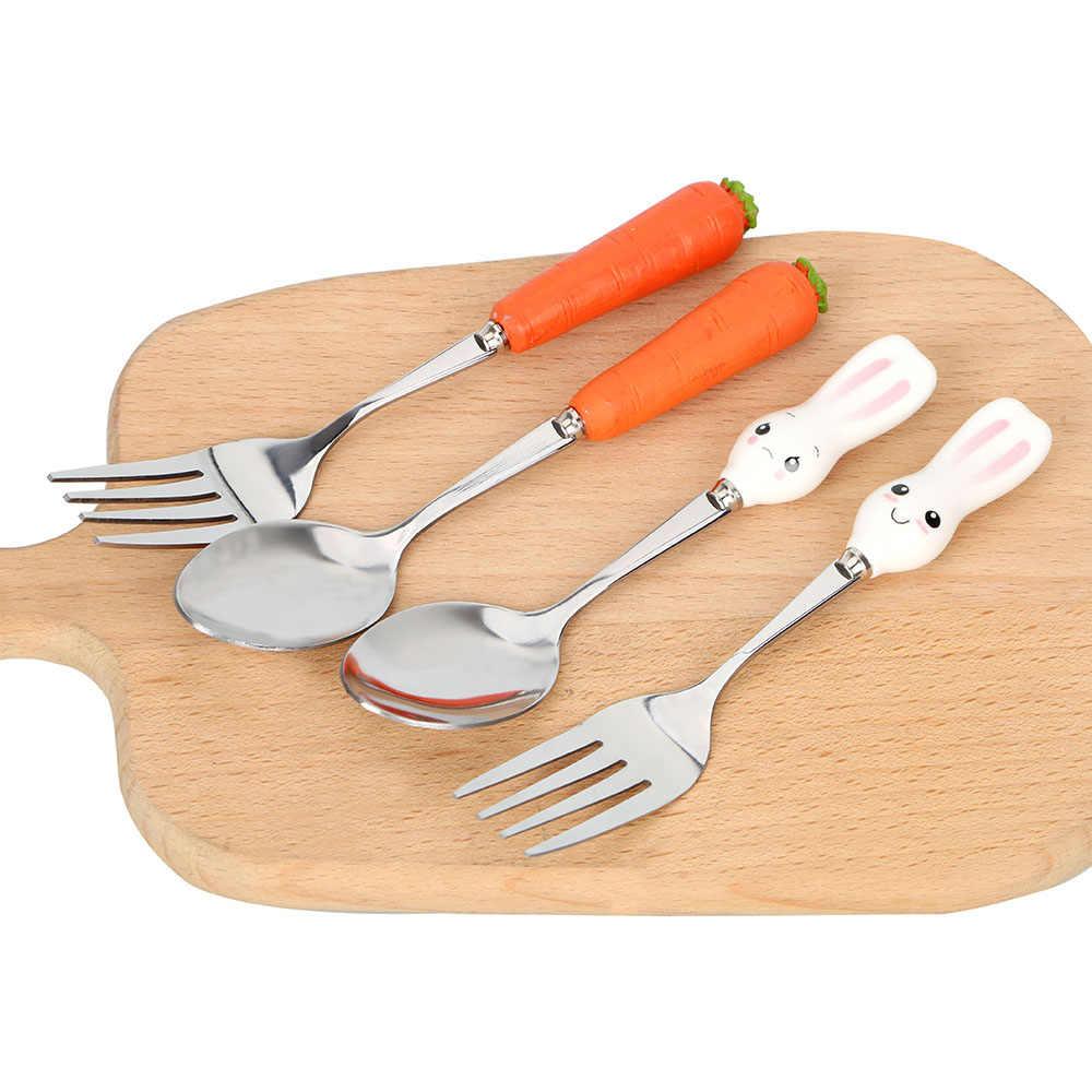 เด็กอาหารเย็นการ์ตูนกระต่ายแครอทน่ารักสแตนเลสเด็กอาหารเย็นชุดช้อนส้อมเด็กทารกเครื่องมือ