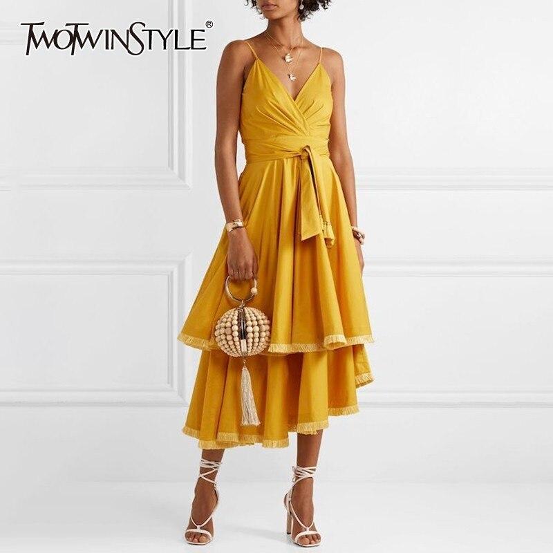 TWOTWINSTYLE タッセルパッチワークノースリーブ女性のドレスオフショルダー高廃棄物包帯非対称のミディドレス女性夏新  グループ上の レディース衣服 からの ドレス の中 1