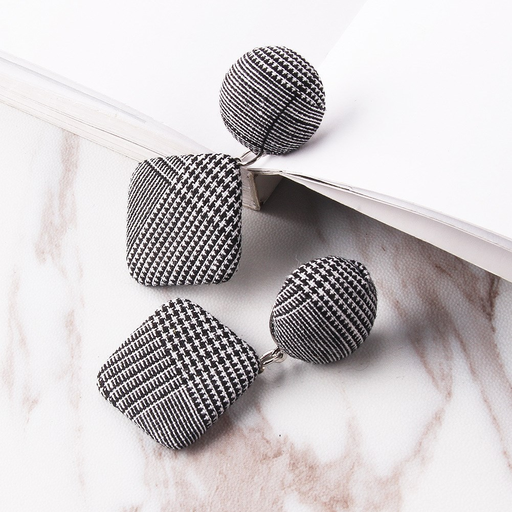 2018 Vintage Black White Plaid Cotton Statement Dangle Earrings Women Geometric Circle Round Drop