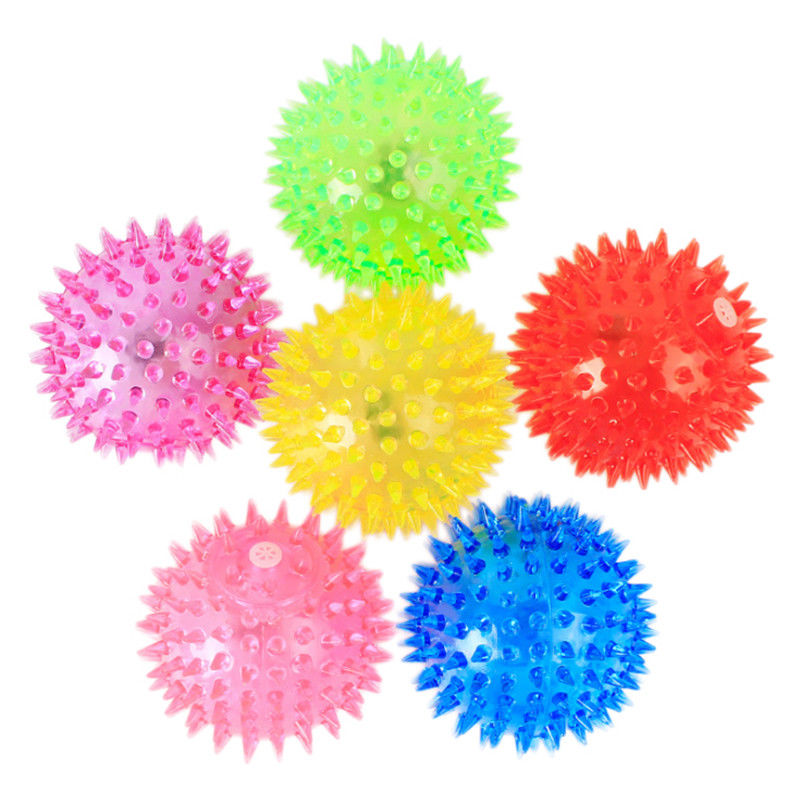 1PCS Pet Rubber Ball Hedgehog Bell Geometric Random Sound Fun  Ball Play Flash Dog Toy Can Clean the Dog's Tooth Pet Supplies
