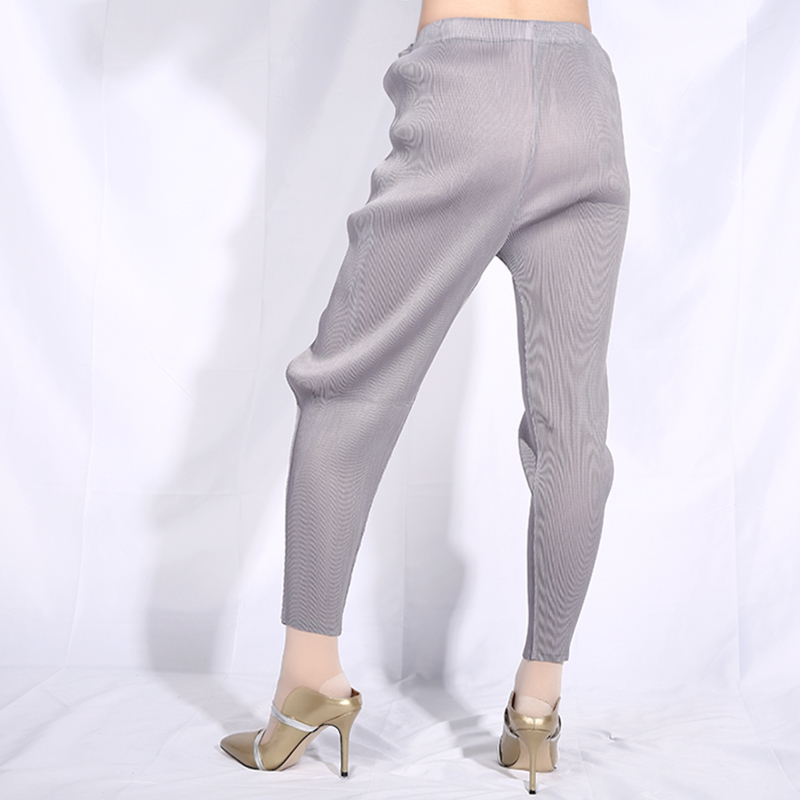[EAM] 2019 New Autumn Winter High Elastic Waist Gray Cross Split Joint Loose Pleated Harem Pants Women Trousers Fashion JG013-in Pants & Capris from Women's Clothing    3