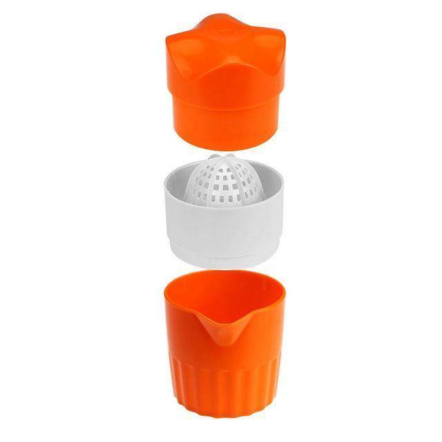 Portable orange juice squeezer