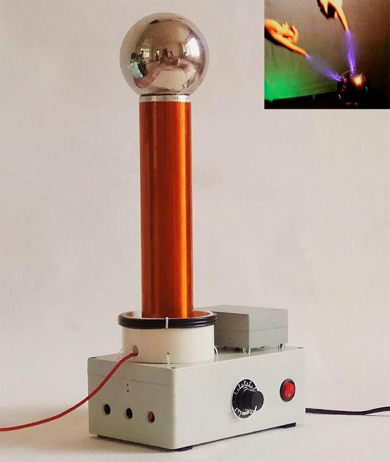 Démonstration du principe de Transmission sans fil à haute fréquence à ca du kit de bricolage électronique de foudre d'étincelle de bobine de Tesla