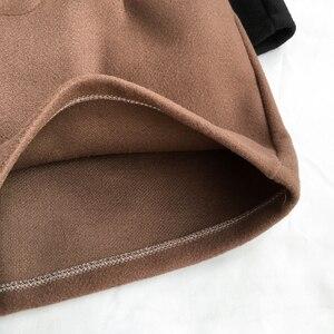 Image 5 - Hiver laine Shorts femmes taille haute femme en vrac épais chaud taille élastique bottes Shorts jambe large a ligne Shorts mode coréenne