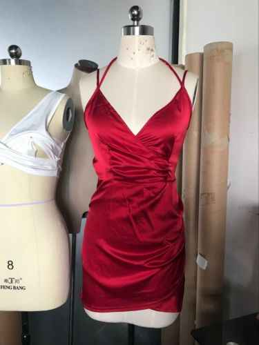 Новое горячее предложение Сексуальное Женское облегающее тонкое короткое платье-мини на одной бретеле вечерние Клубные платья-карандаш женские платья с v-образным вырезом