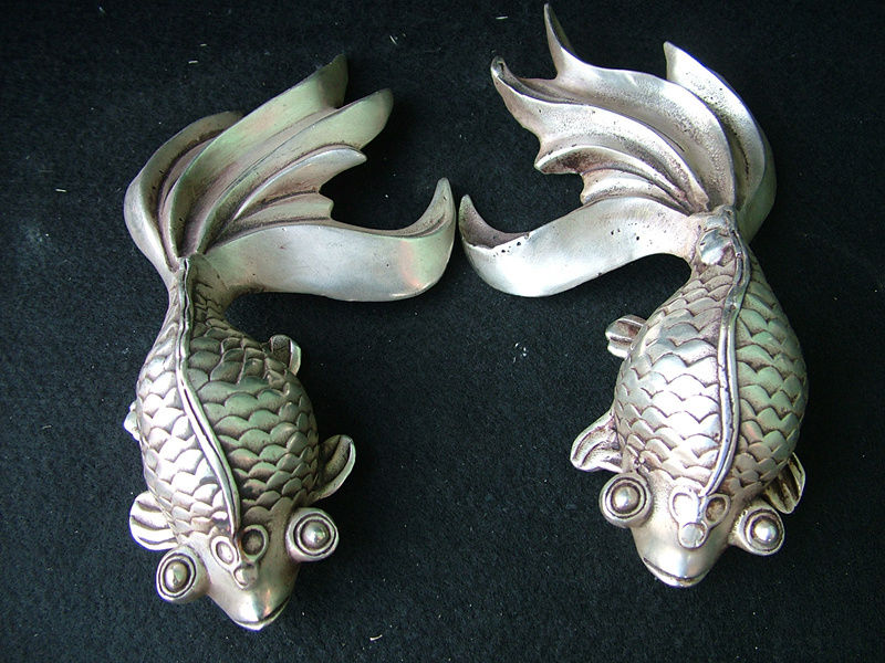 Old China Fengshui Culture Collect Tibet Silver Cupronickel Goldfish StatueOld China Fengshui Culture Collect Tibet Silver Cupronickel Goldfish Statue