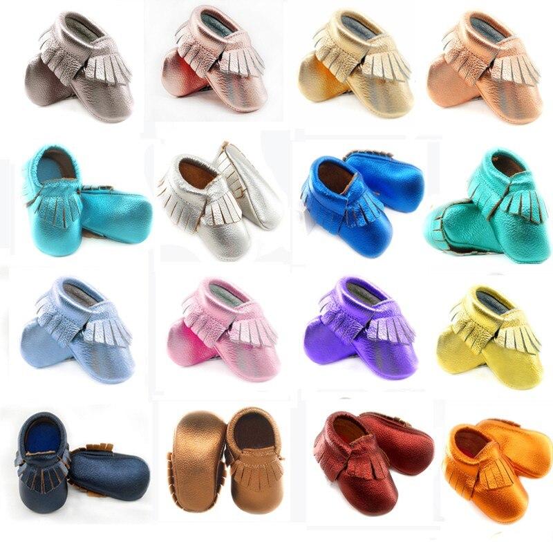 De bebé de cuero genuino mocasines suaves zapatos de chica de bebé infantil en primer lugar los caminantes flecos zapatos de niños 0-30 mes 16 color